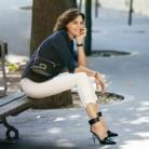 Inés de la Fressange inspira la nueva colección de bolsos de Roger Vivier
