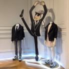 Karl Lagerfel presenta su primera colección para niños