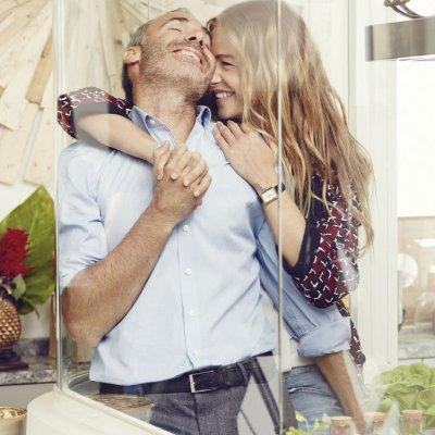 Martina Klein embarazada de su primer hijo en común con Alex Corretja