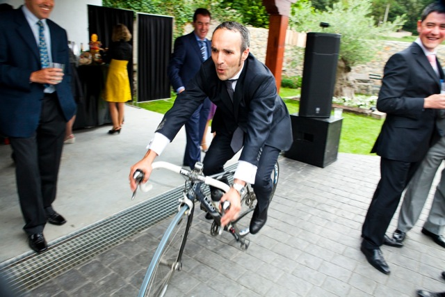 novio en bicicleta - TELVA