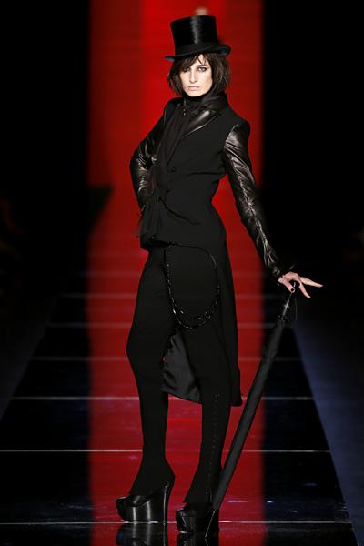 Jean Paul Gaultier Alta Costura Otoño-Invierno 12/13 foto 01 - TELVA