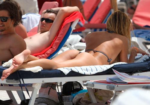La chica Victoria's Secret, Candice Swanepoel, en la playa foto 13 - TELVA