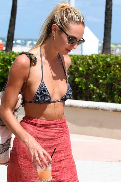 La chica Victoria's Secret, Candice Swanepoel, en la playa foto 12 - TELVA