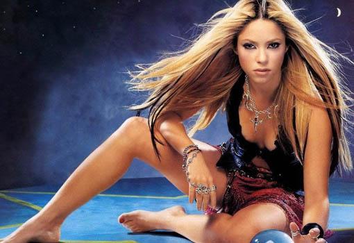 Shakira - TELVA