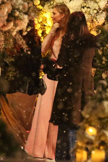 La boda blanca de Andrea Casiraghi y Tatiana Santo Domingo. - Página 2 1081698654_extras_albumes_0
