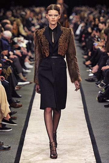 Givenchy Otoño-Invierno 2014/15 foto 21 - TELVA
