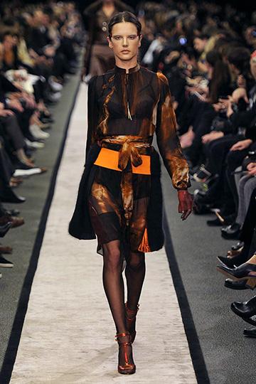 Givenchy Otoño-Invierno 2014/15 foto 22 - TELVA