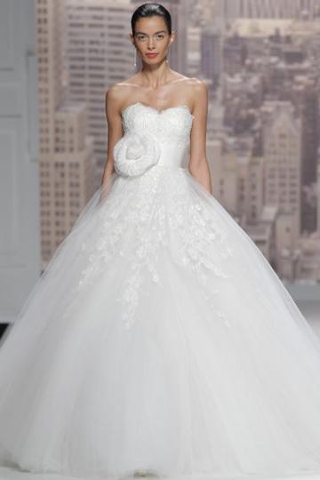 Los vestidos de novia de Rosa Clará foto 32 - TELVA
