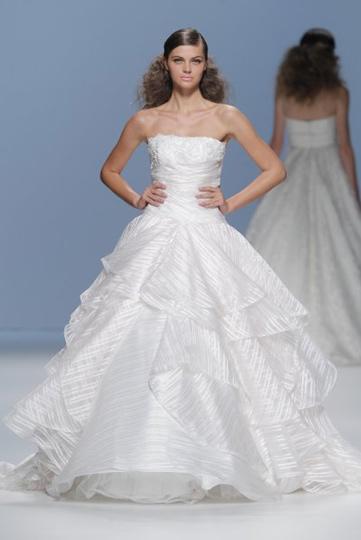 Los vestidos de novia de Cymbeline foto 04 - TELVA