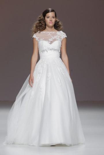 Los vestidos de novia de Cymbeline foto 38 - TELVA