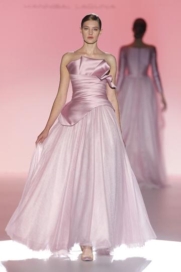 Los vestidos de novia de Hannibal Laguna foto 04 - TELVA