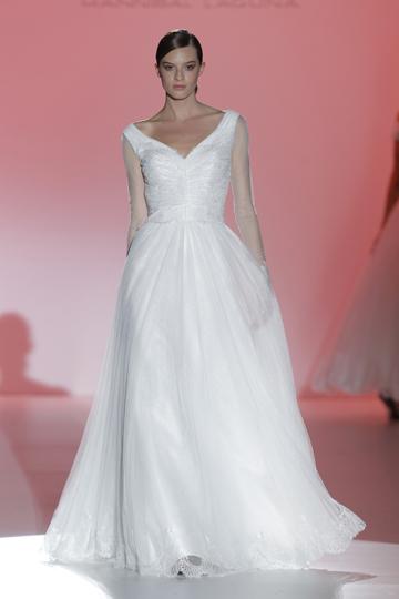 Los vestidos de novia de Hannibal Laguna foto 11 - TELVA