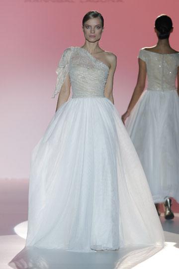 Los vestidos de novia de Hannibal Laguna foto 30 - TELVA
