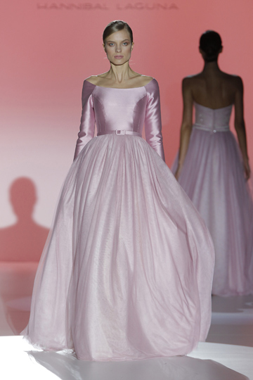 Los vestidos de novia de Hannibal Laguna foto 02 - TELVA