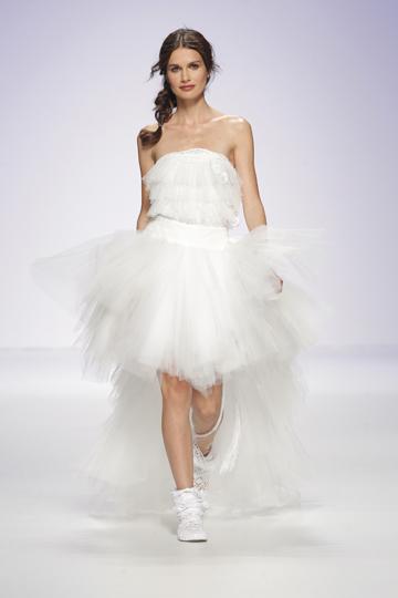 Los vestidos de novia de Jordi Dalmau foto 04 - TELVA