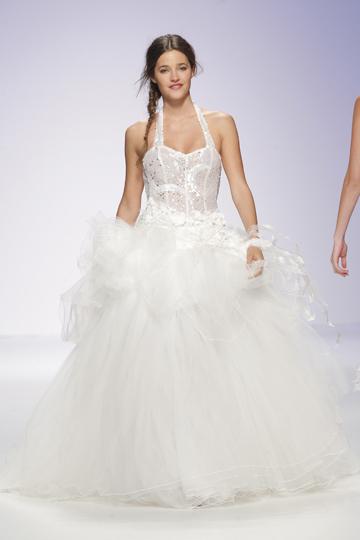 Los vestidos de novia de Jordi Dalmau foto 06 - TELVA
