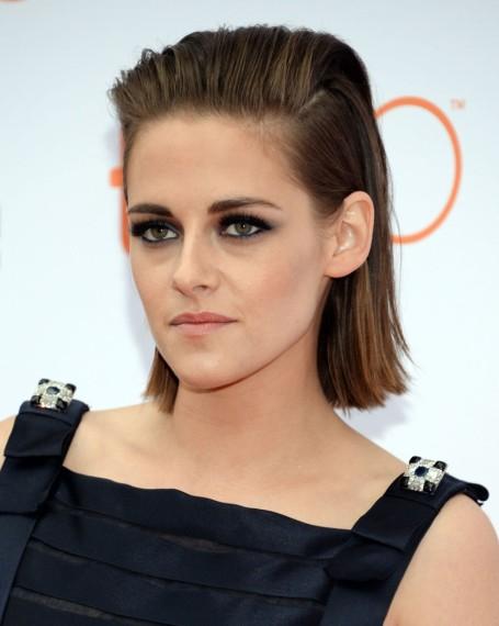 El <em>look beauty</em> de Kristen Stewart