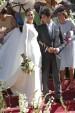 Eva González con el primero de los tres vestidos que lució el día de su boda