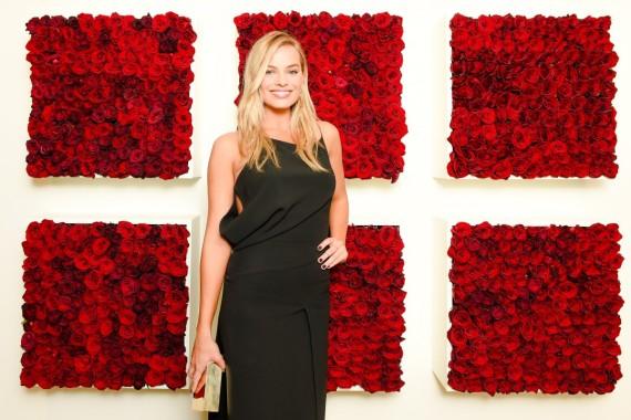 Margot Robbie es el nuevo rostro de la fragancia Deep Euphoria de Calvin Klein
