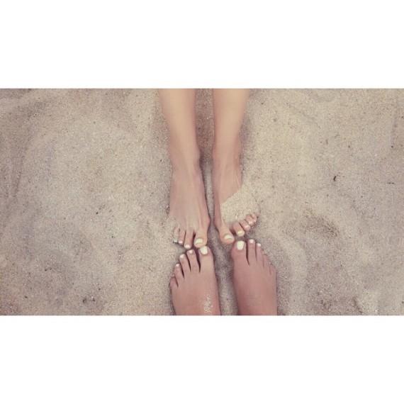 Laca de uñas blancas