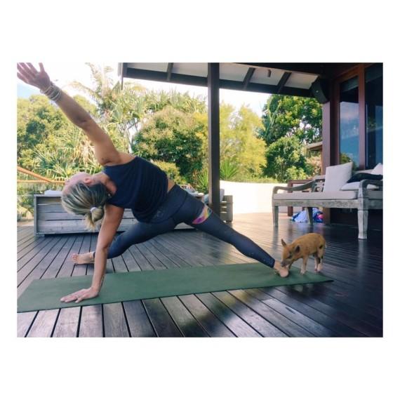 La última pasión de Elsa Pataky: el yoga
