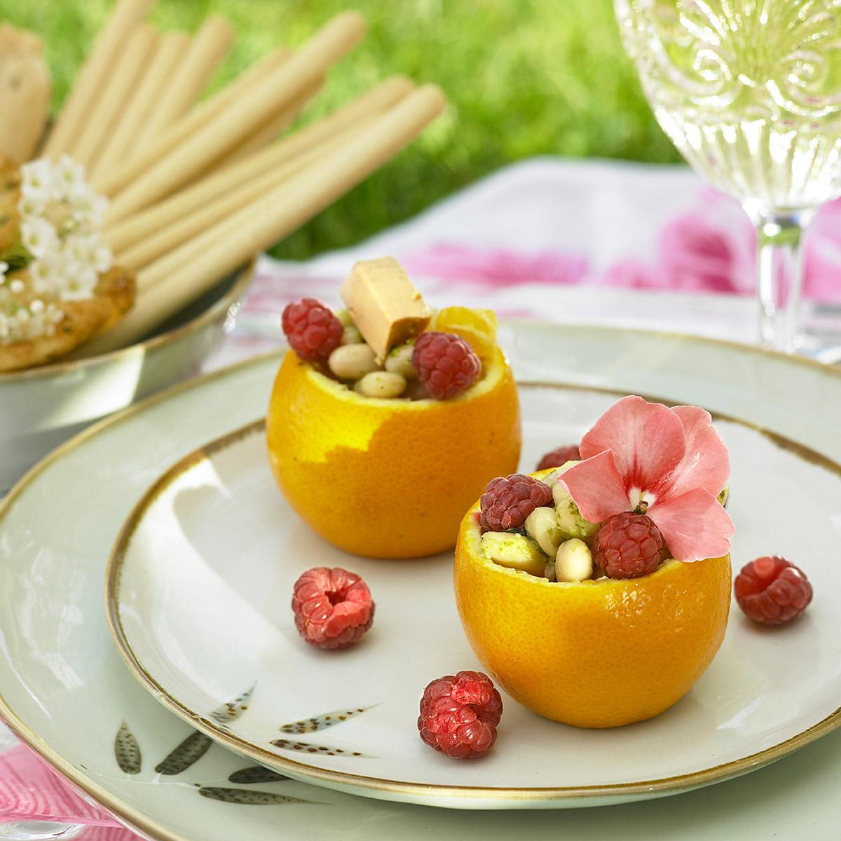 Ensalada de alubias con frutas y foie
