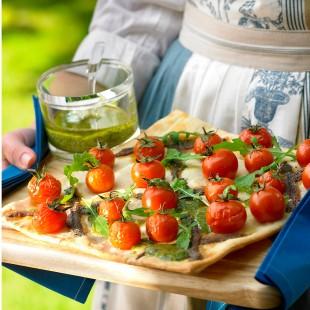 Pissaladiere de anchoas y tomates