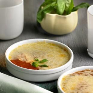 Crema catalana de tomate con queso de tetilla