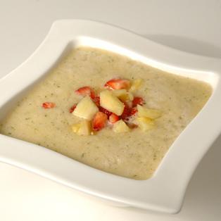 Sopa fría de menta y albahaca