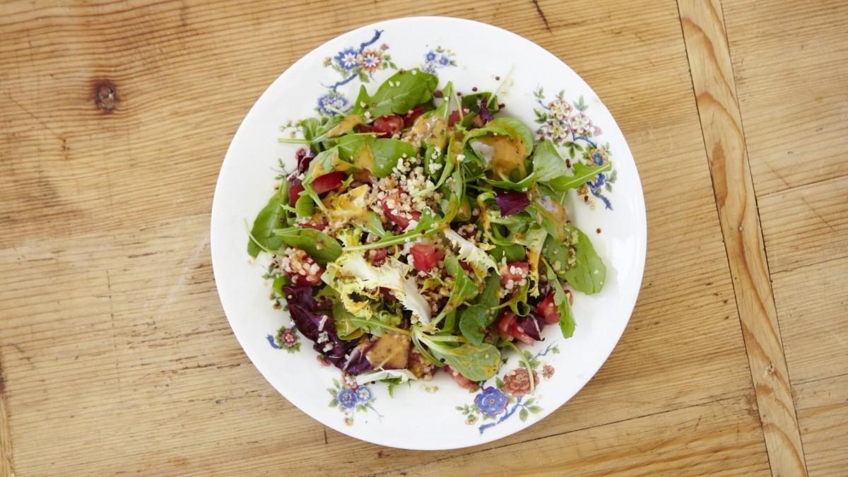 Añade Quinoa a tus platos. Receta de Samantha Valléjo- Nájera.