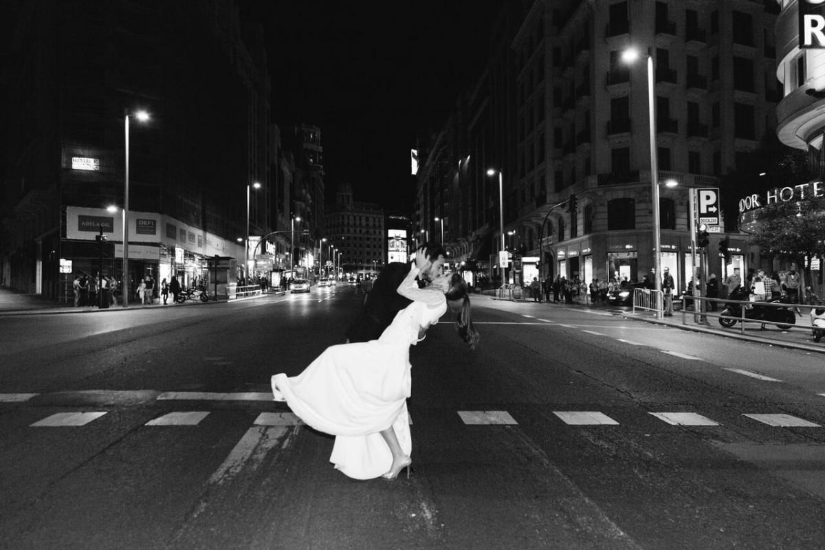 Marta y Carlos se conocieron en Madrid hace 11 años. Ella tenía 20...