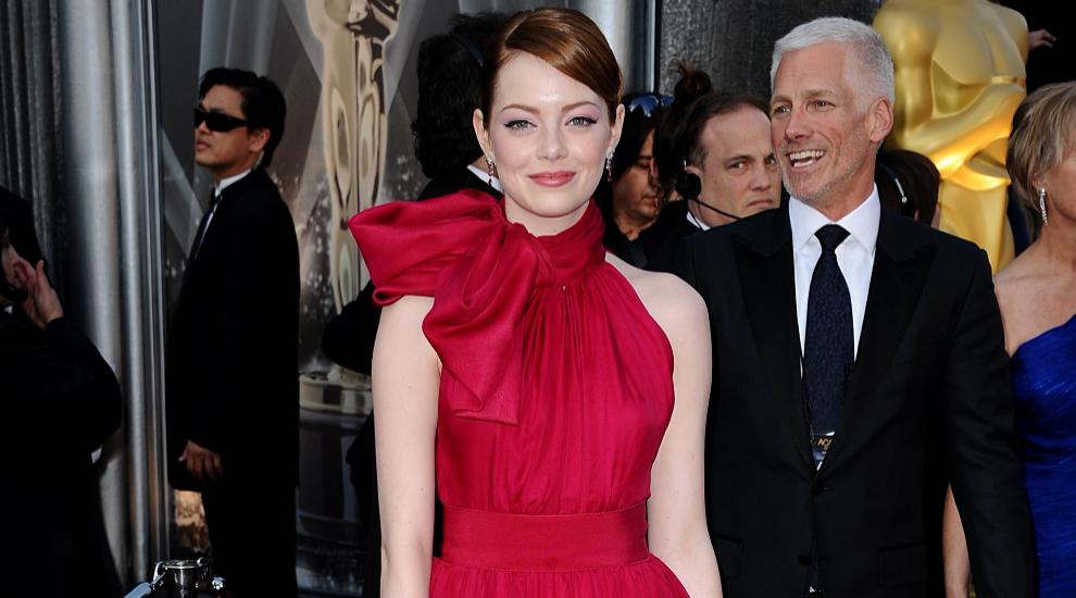 En la gala de los Oscar 2012, la actriz Emma Stone apostó por este...