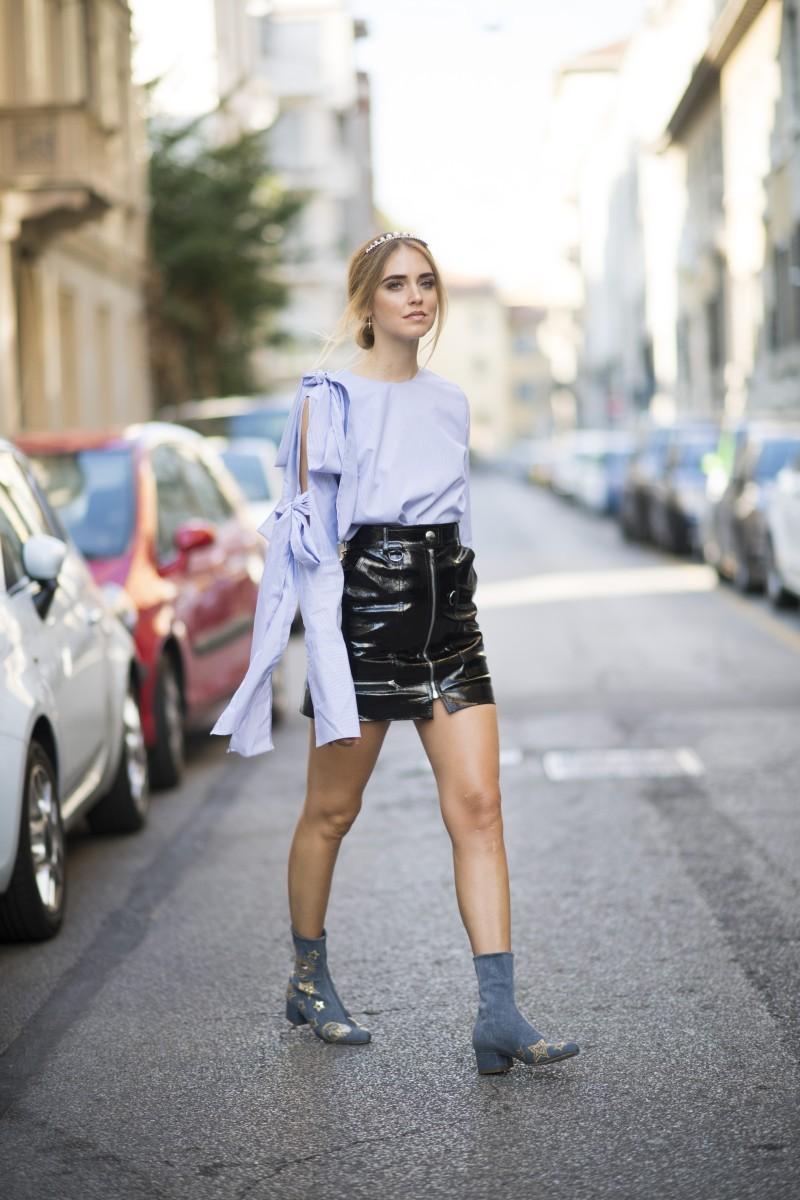 db8759870 Comprarse la falda de charol o no? (He ahí la cuestión) | Telva.com