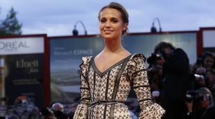 La actriz pisó la red carpet de La Mostra de Venecia con un bonito...