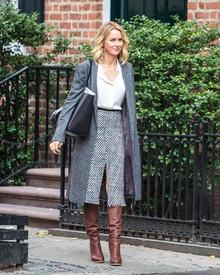 Naomi Watts inspira nuestro <em>look</em> del día con un estilismo...