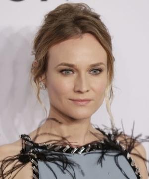 Diane Kruger ha dicho adiós a su melena rubia y se ha pasado al...