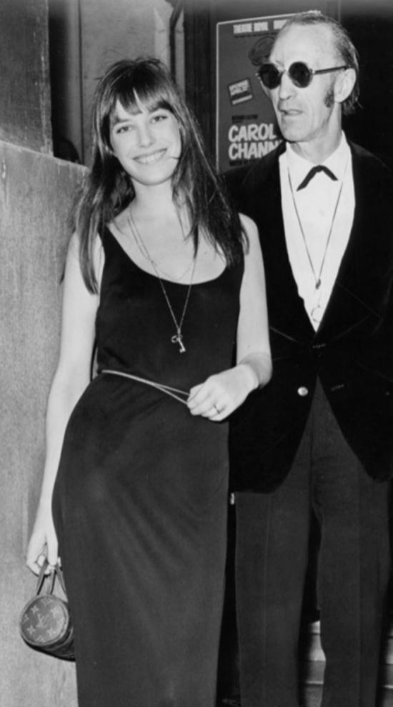 Jane Birkin con el clásico vestido negro
