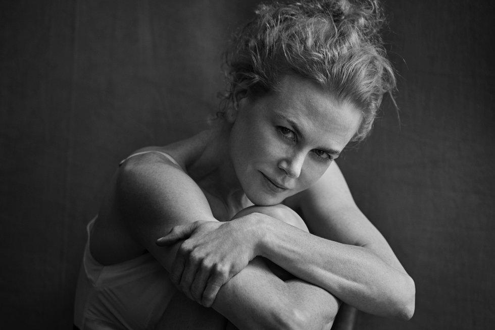 Nicole Kidman  fotografiada por Peter Lindbergh para el calendario...