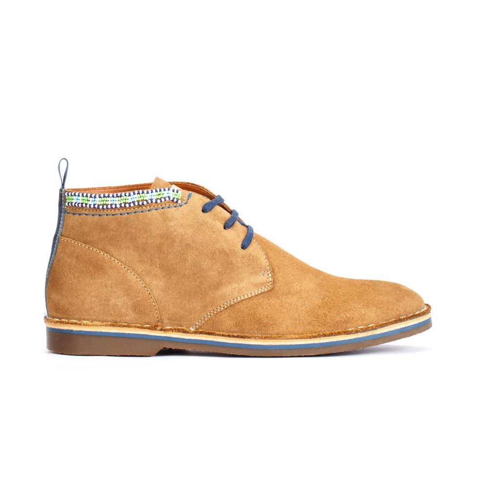La marca de calzado español Pikolinos ha lanzado para esta navidad...