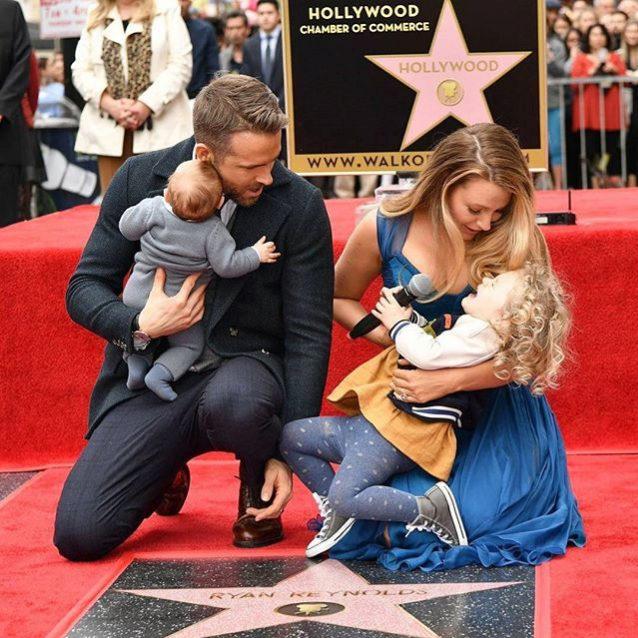 Blake Lively y sus hijas dieron todo su apoyo a Ryan Reynolds durante...