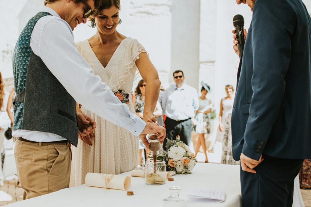 Reyes y Bradley celebraron una ceremonia civil en Gibraltar.