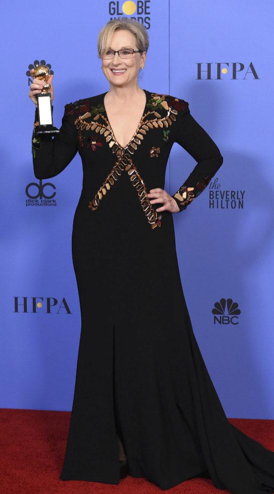 Meryl Streep con su Globo de Oro honorífico.