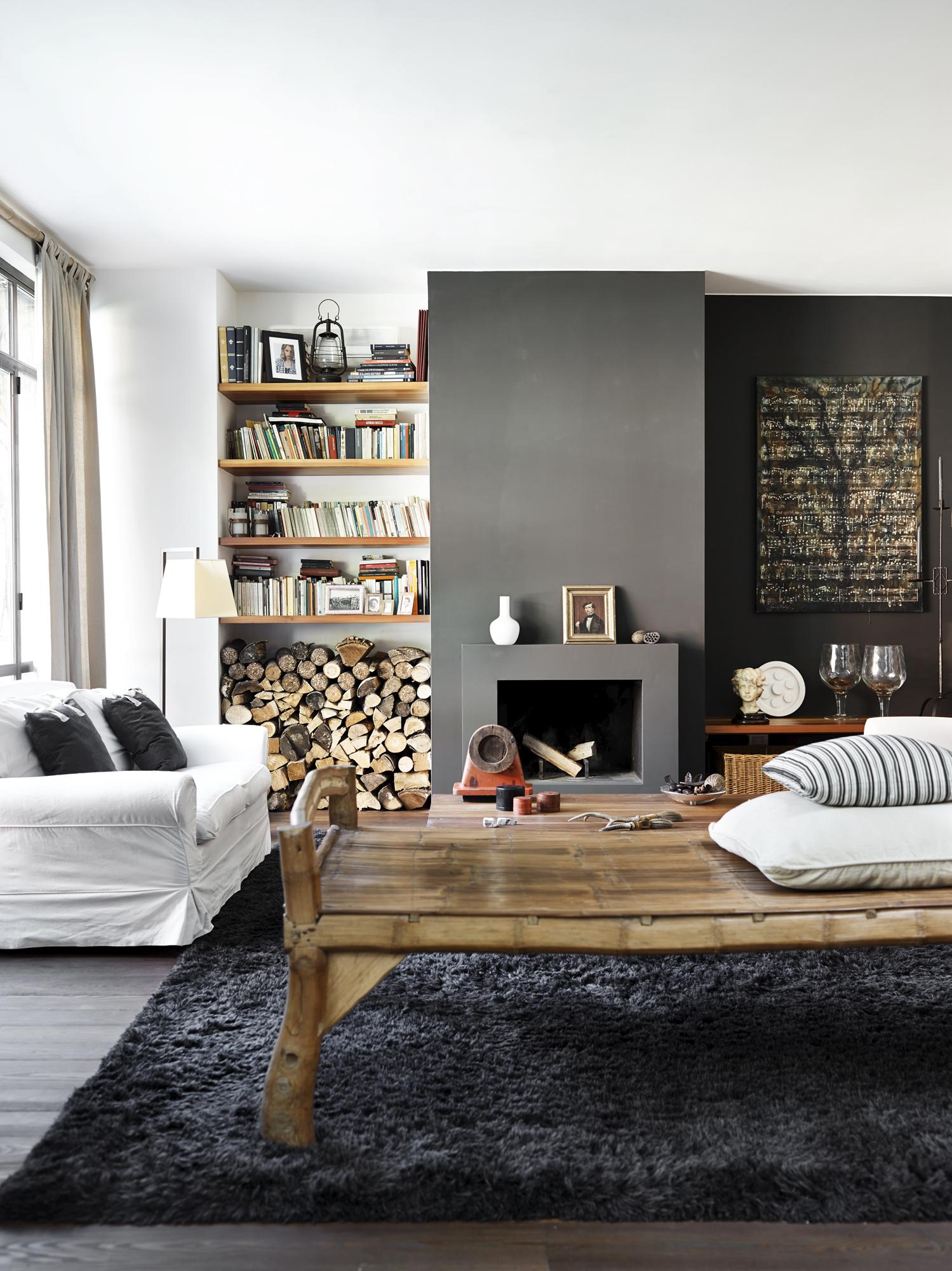 Éste salón cálido y acogedor sería el escenario perfecto para un...