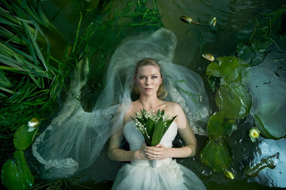 Kirsten Dunst protagoniza este drama con toques de ciencia ficción en...