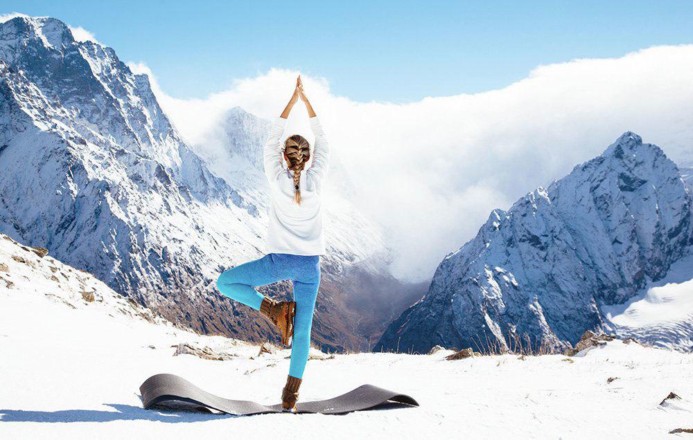 Practica yoga en cualquier parte, esta vez, ¡en la montaña!