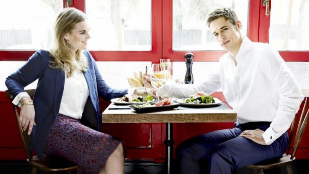 Me están sirviendo bien en este restaurante? | Telva.com