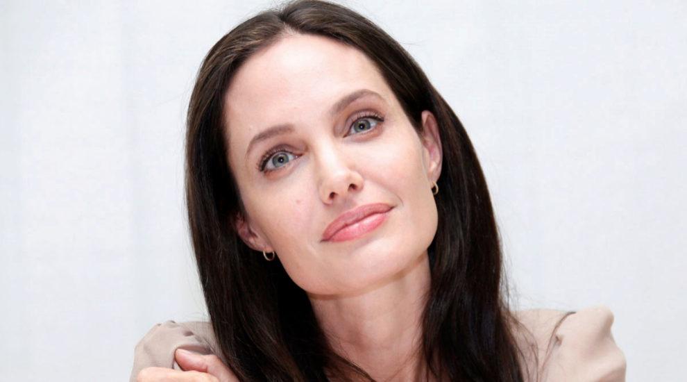 Angelina Jolie es fan de los insectos en su dieta y en la de su...