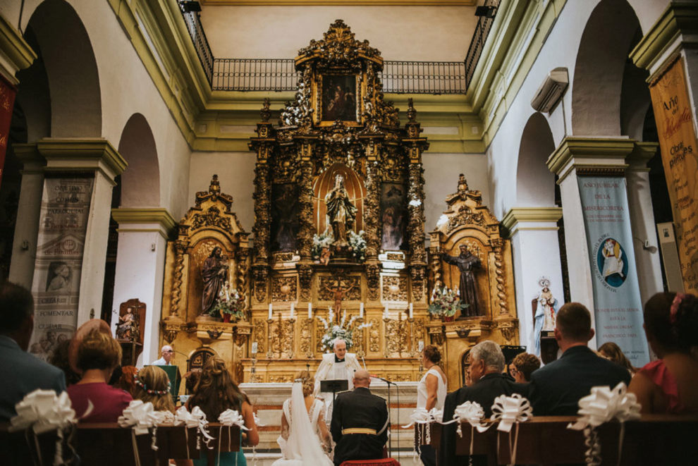 Gina y Miguel Ángel se casaron en la Iglesia de la Inmaculada...