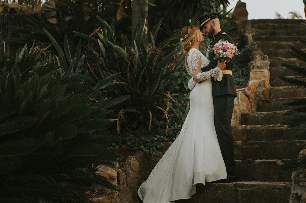 Gina y Miguel Ángel se casaron en una boda castrense a orillas del...