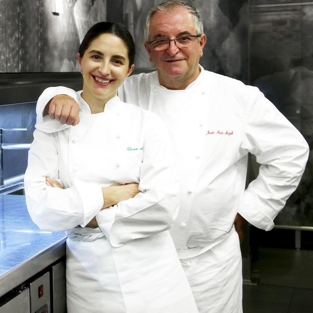 Elena Arzak codirige el restaurante Arzak (3 estrellas Michelin) junto...